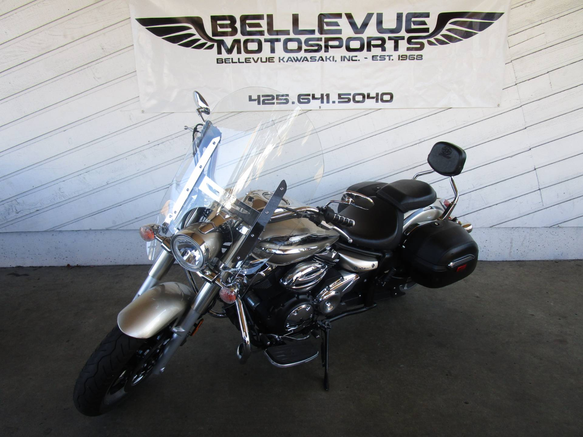 2010 Yamaha V Star 950 Tourer in Bellevue, Washington