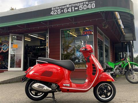 2020 Vespa GTS Super 300 HPE in Bellevue, Washington - Photo 1