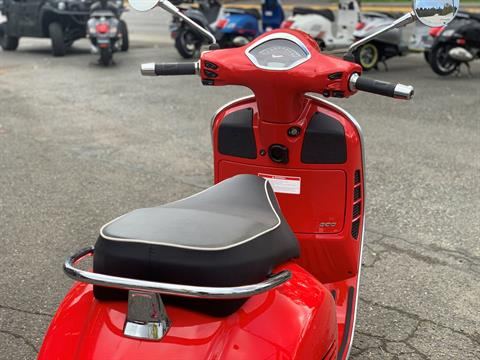 2020 Vespa GTS Super 300 HPE in Bellevue, Washington - Photo 8