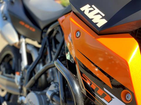 2010 KTM 990 SM T in Bellevue, Washington - Photo 3