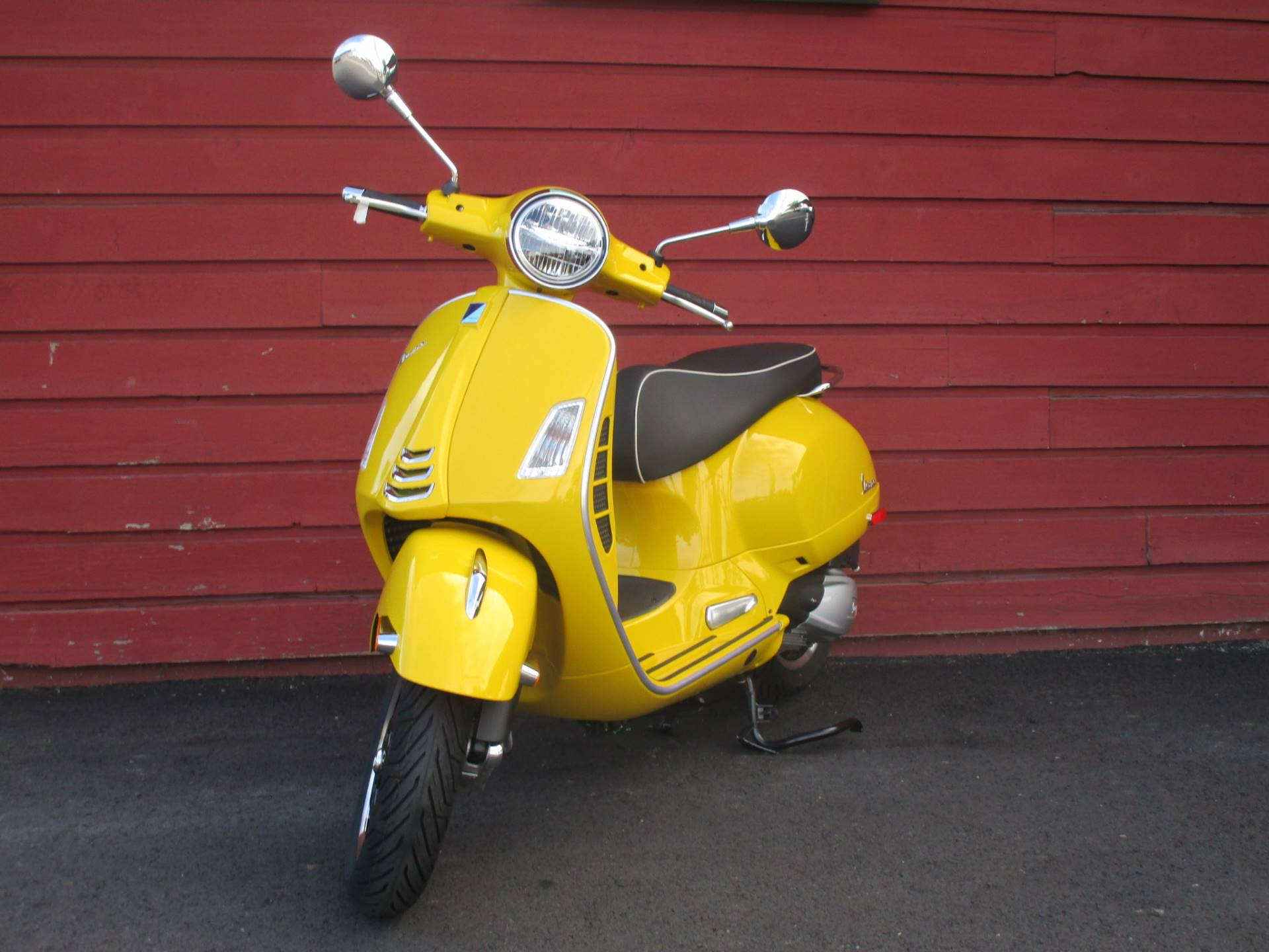2020 Vespa GTS Super 300 HPE in Bellevue, Washington - Photo 5
