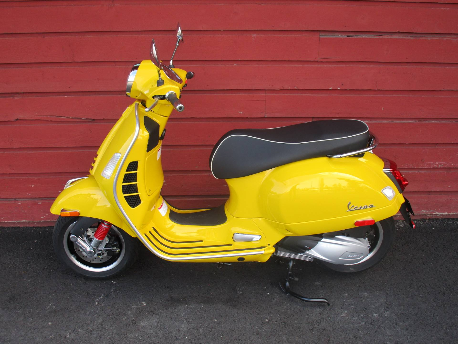 2020 Vespa GTS Super 300 HPE in Bellevue, Washington - Photo 6