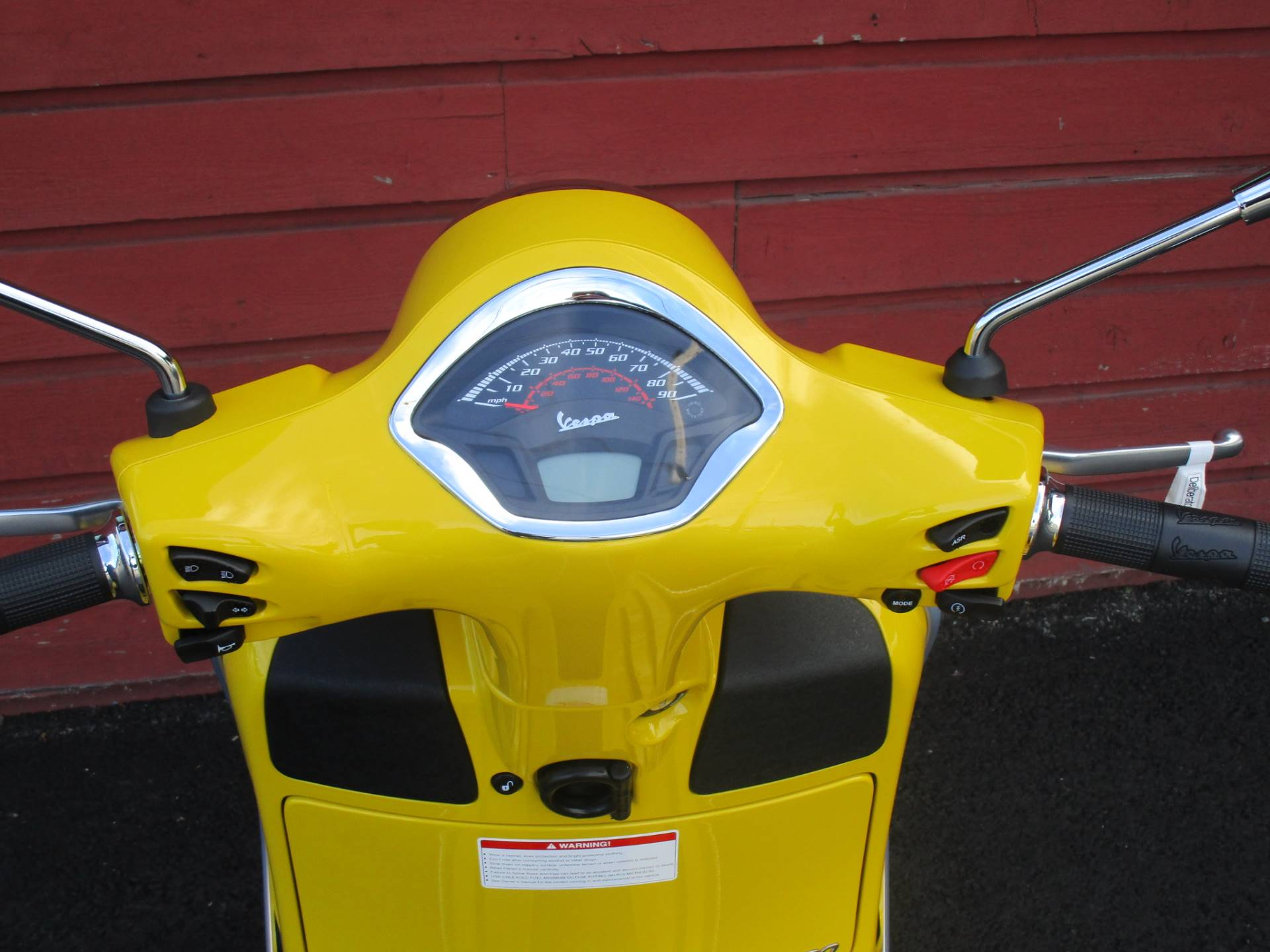 2020 Vespa GTS Super 300 HPE in Bellevue, Washington - Photo 10