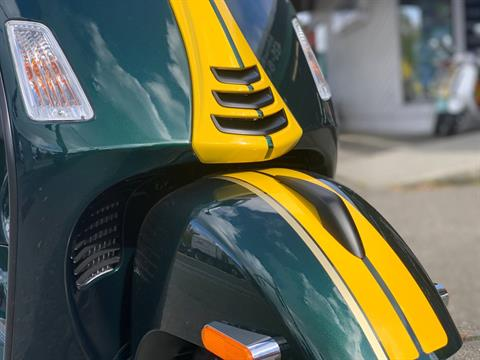 2021 Vespa GTS Super Racing Sixties 300 HPE in Bellevue, Washington - Photo 4