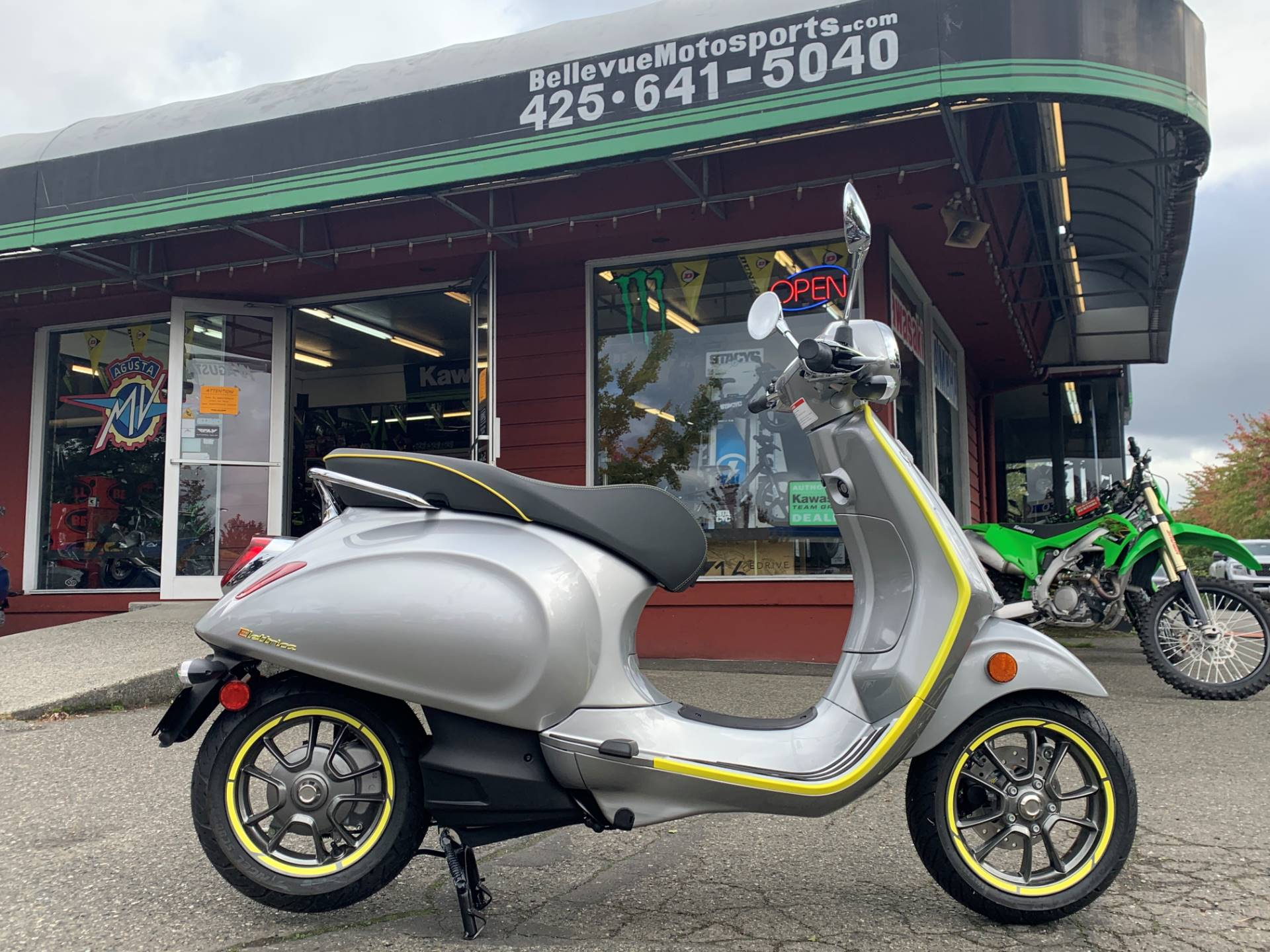 2021 Vespa Elettrica 45 MPH in Bellevue, Washington - Photo 1