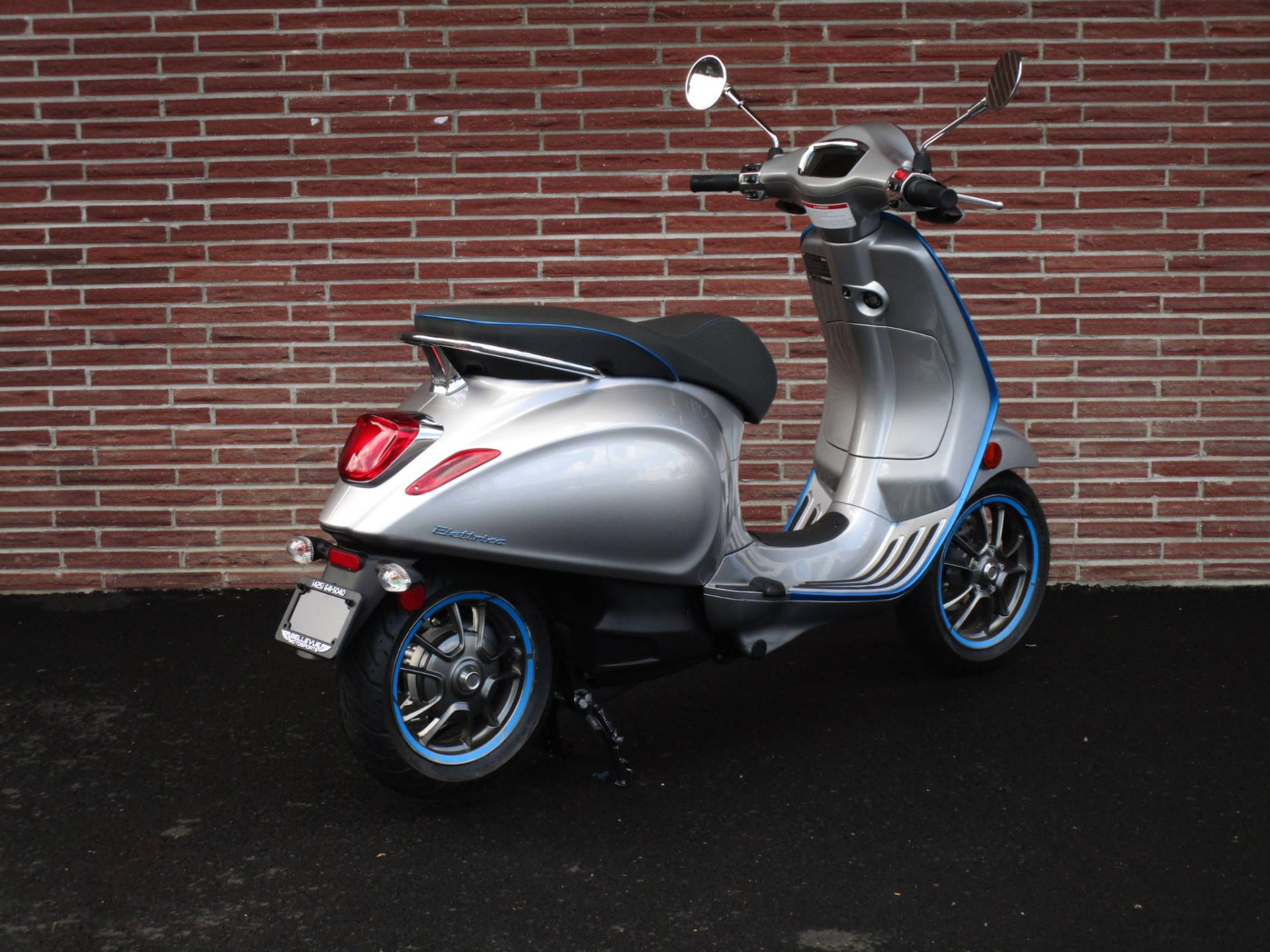 2020 Vespa Elettrica 4 Kw in Bellevue, Washington - Photo 5