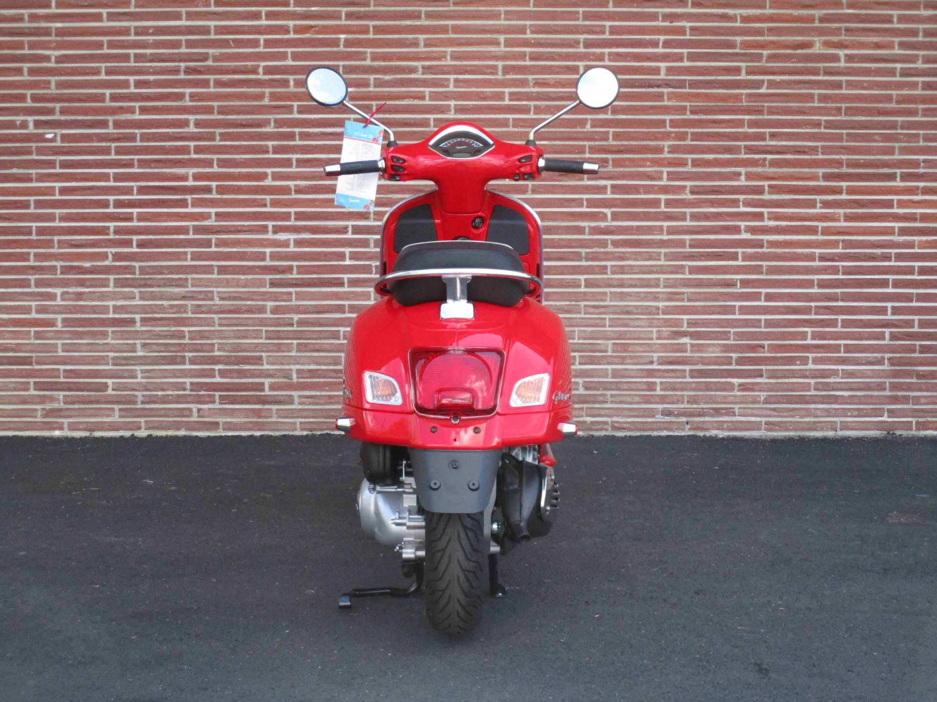 2019 Vespa GTS Super 300 in Bellevue, Washington - Photo 5