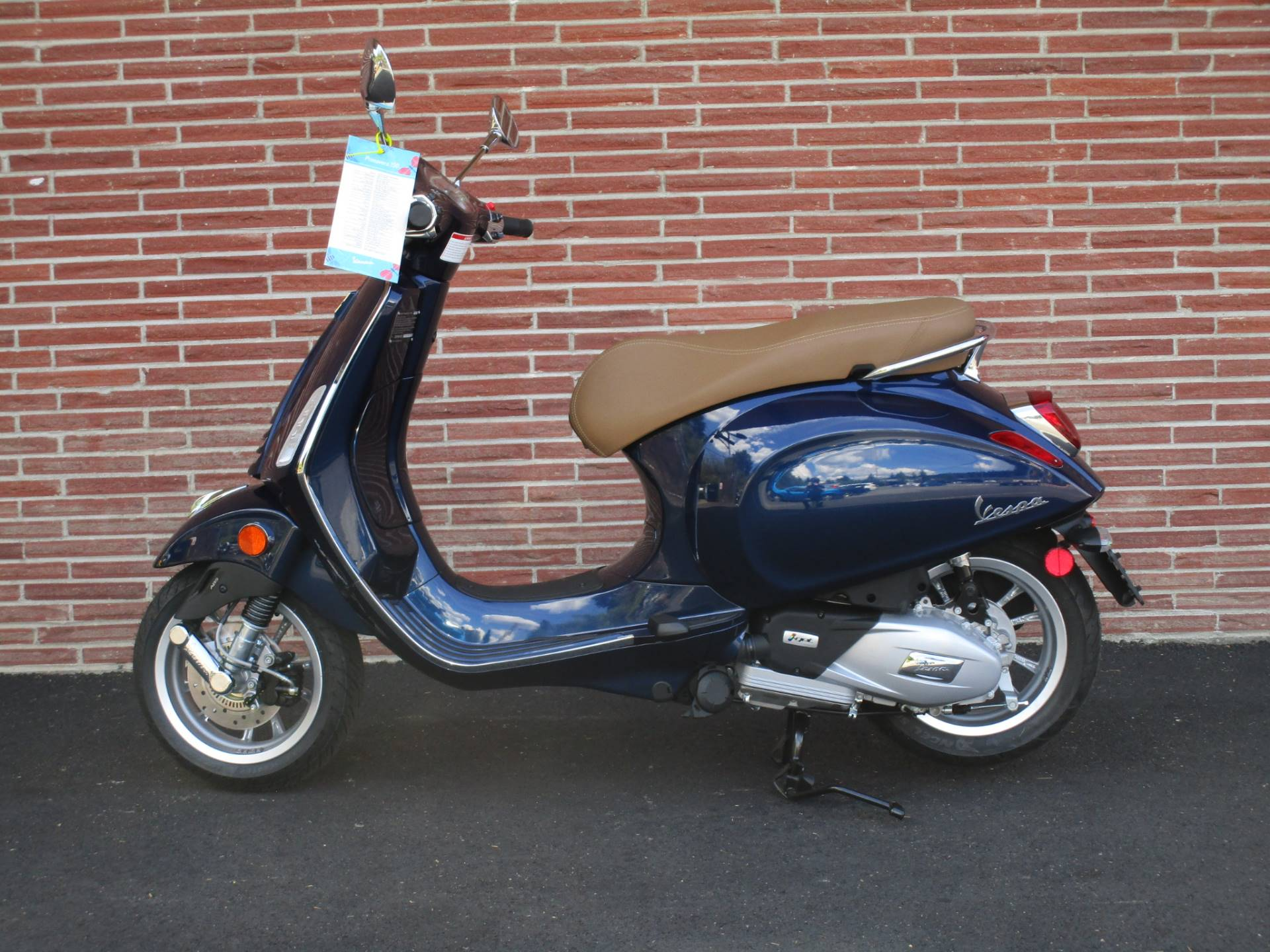 2020 Vespa Primavera 150 in Bellevue, Washington - Photo 1