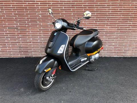 2013 Vespa GTS 300 i.e. Super Sport SE in Bellevue, Washington - Photo 2