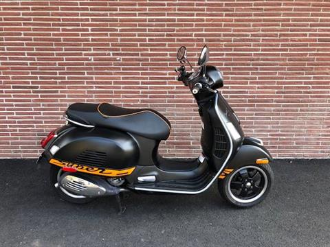 2013 Vespa GTS 300 i.e. Super Sport SE in Bellevue, Washington - Photo 4