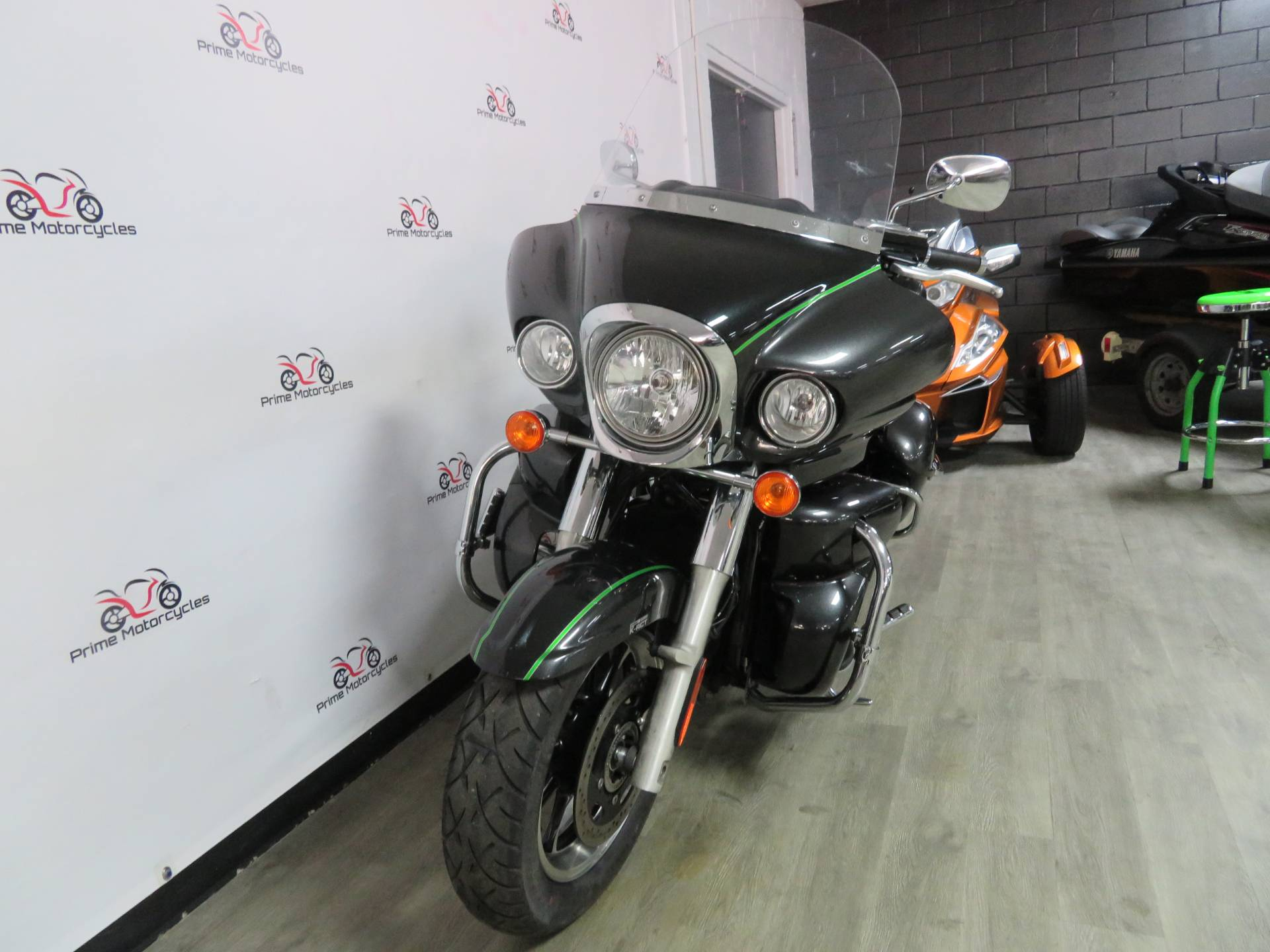 2015 Kawasaki Vulcan® 1700 Voyager® ABS in Sanford, Florida - Photo 3
