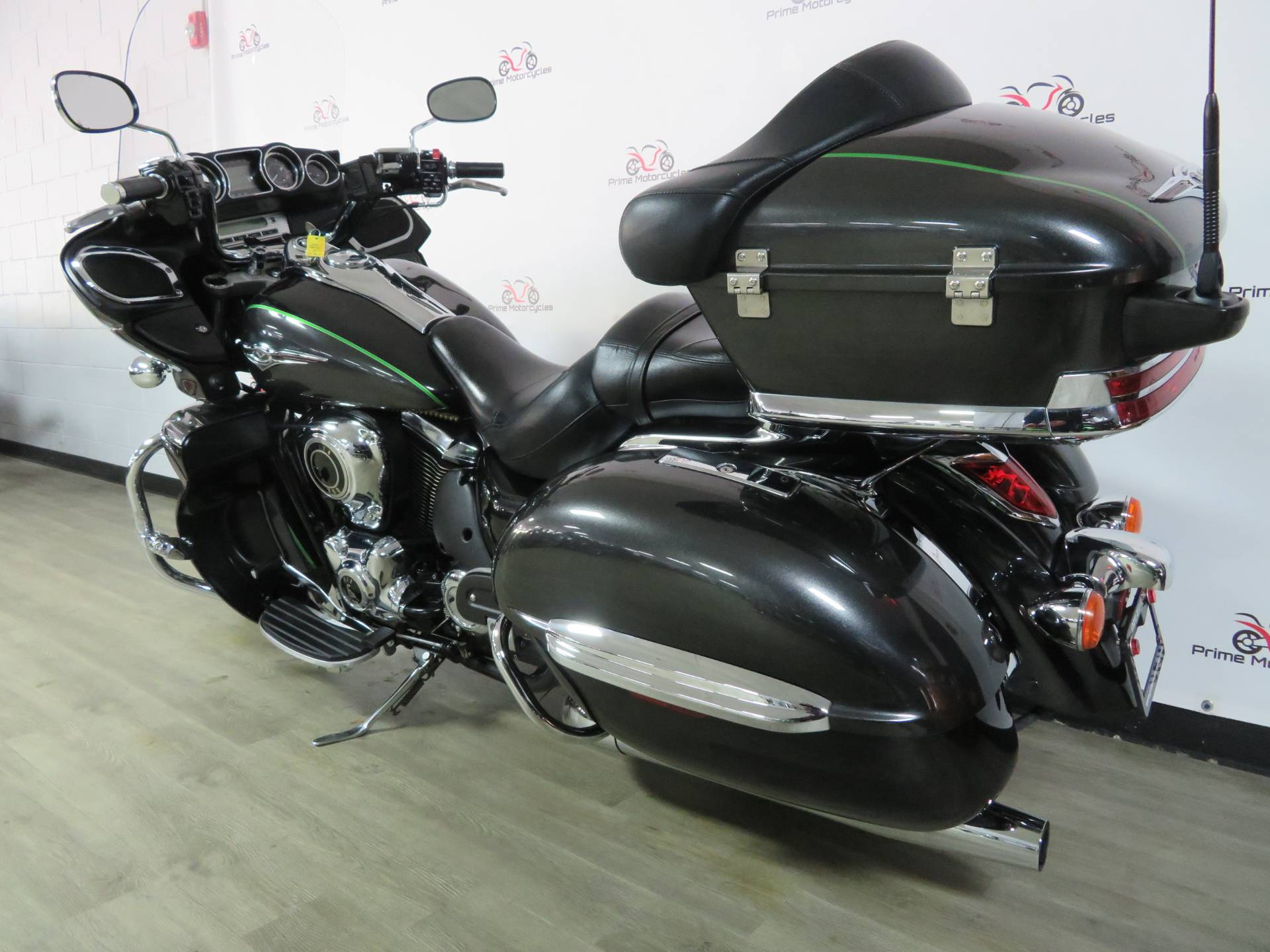 2015 Kawasaki Vulcan® 1700 Voyager® ABS in Sanford, Florida - Photo 10