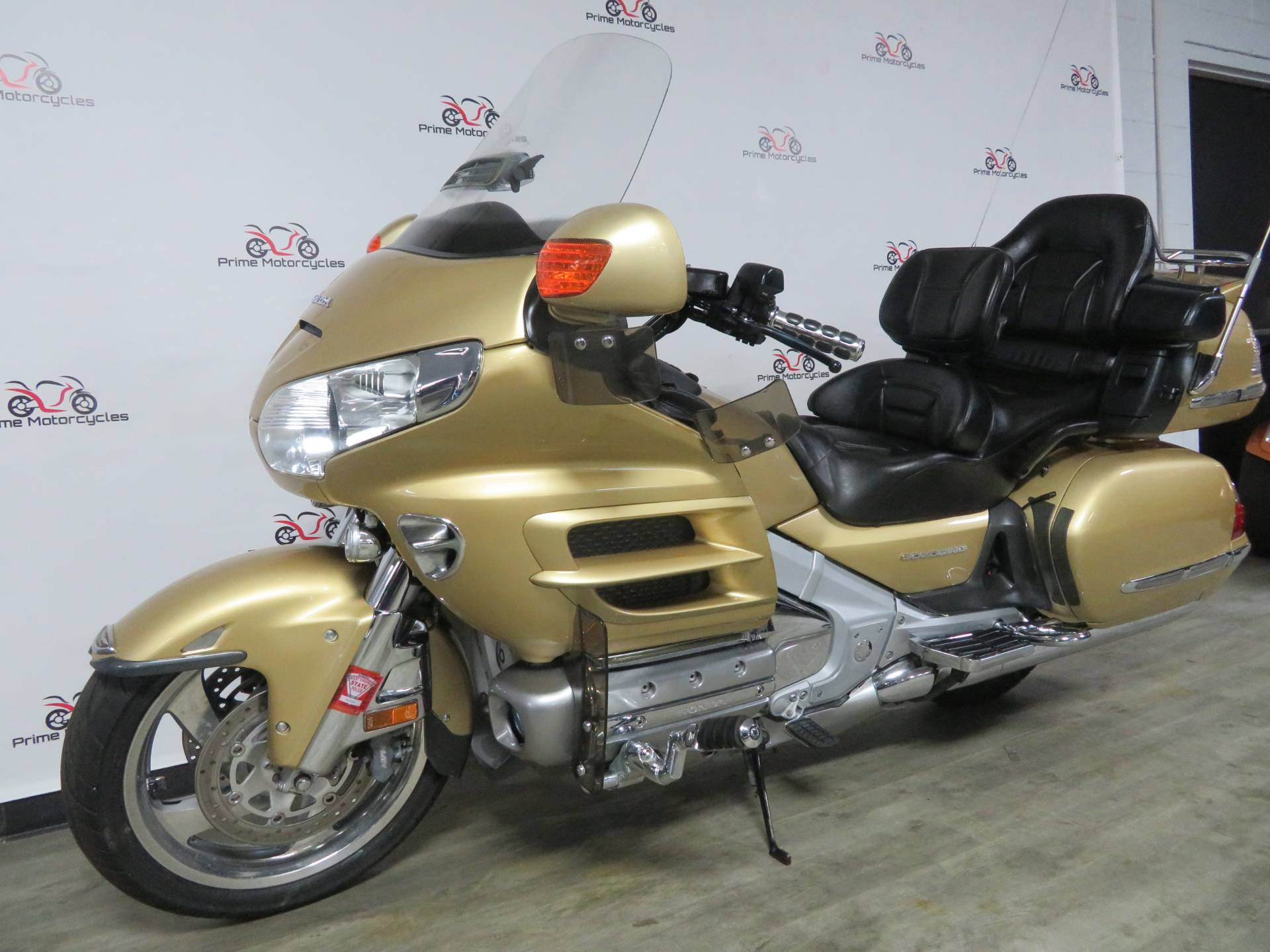 2006 Honda Gold Wing® Premium Audio in Sanford, Florida - Photo 2