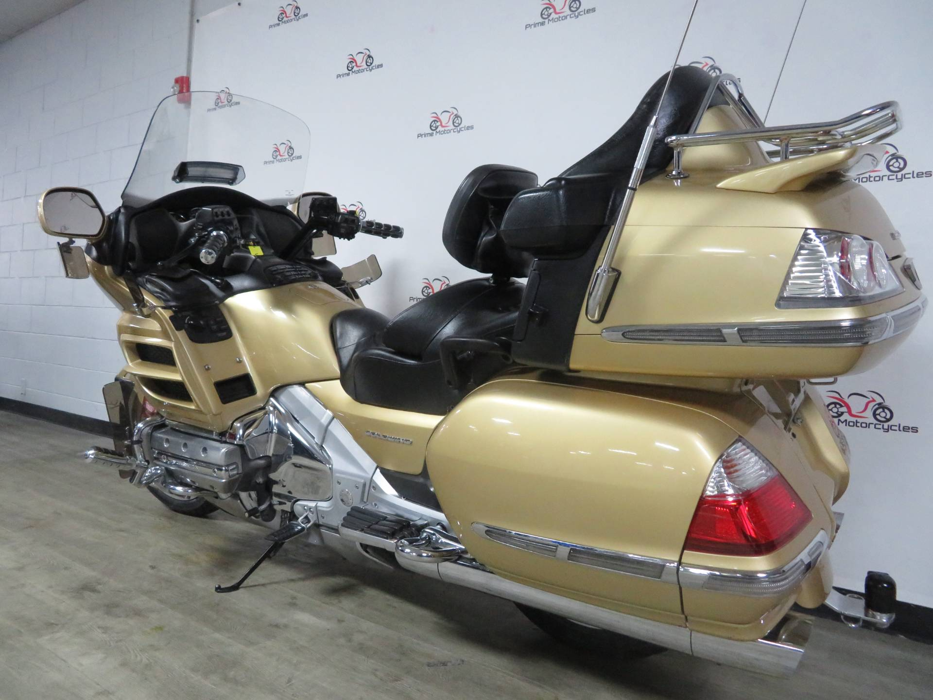 2006 Honda Gold Wing® Premium Audio in Sanford, Florida - Photo 10