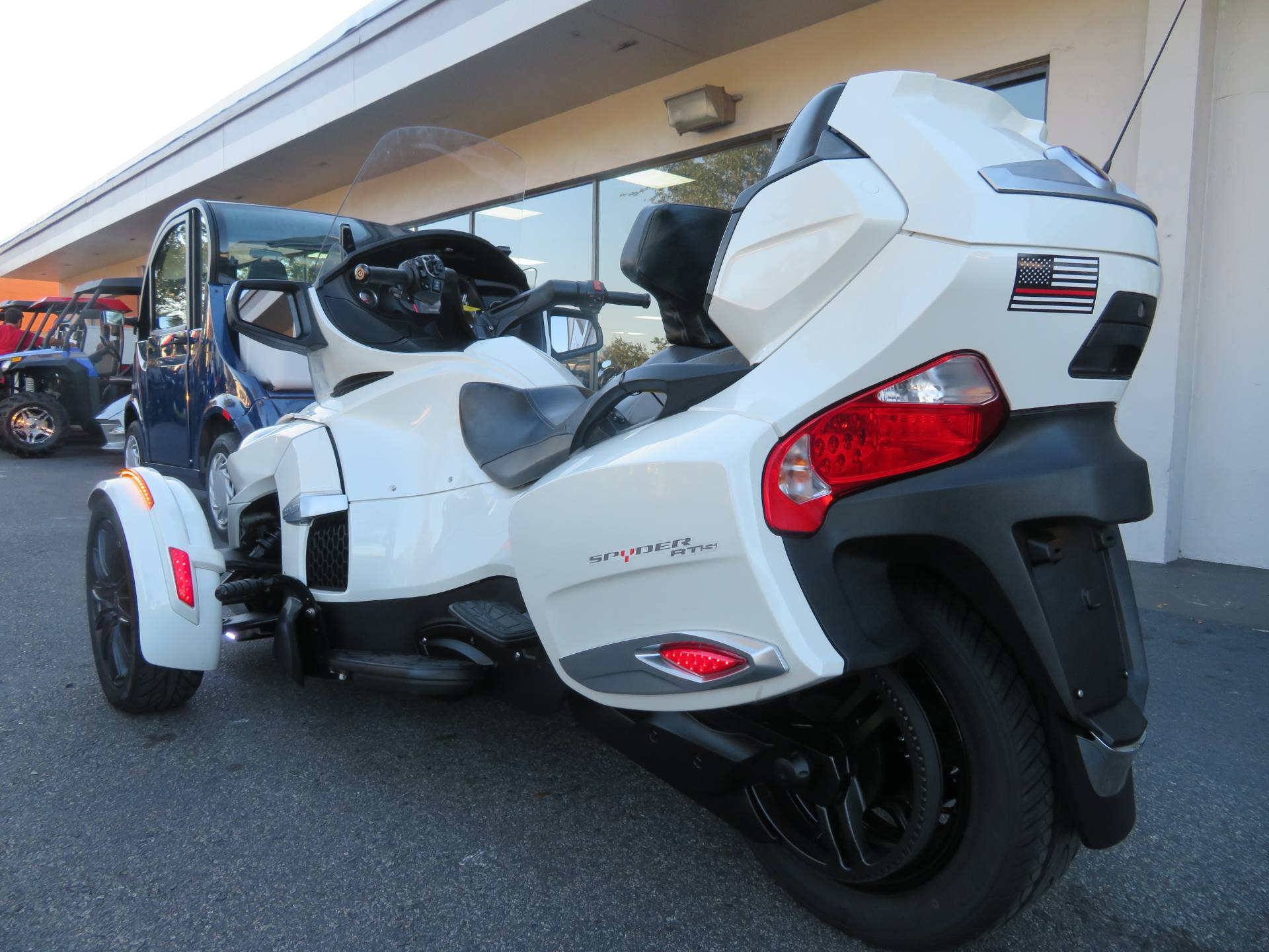 2016 Can-Am Spyder RT-S SE6 in Sanford, Florida - Photo 8