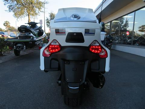 2016 Can-Am Spyder RT-S SE6 in Sanford, Florida - Photo 9