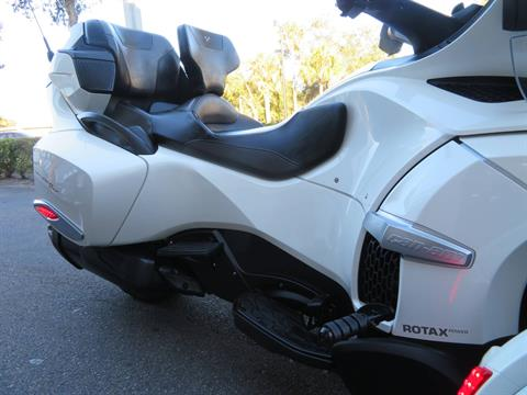 2016 Can-Am Spyder RT-S SE6 in Sanford, Florida - Photo 13
