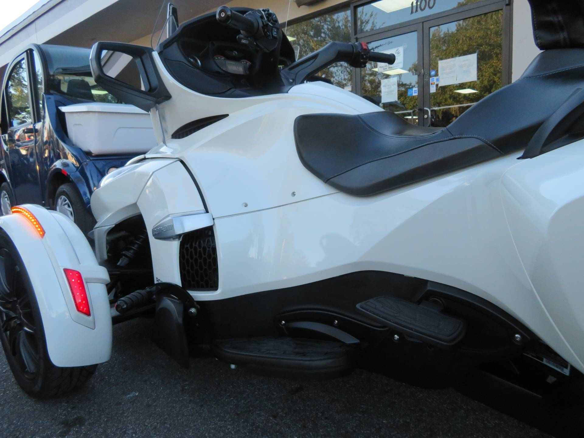 2016 Can-Am Spyder RT-S SE6 in Sanford, Florida - Photo 20
