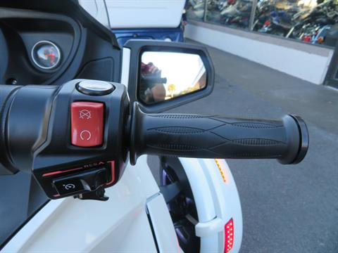2016 Can-Am Spyder RT-S SE6 in Sanford, Florida - Photo 32