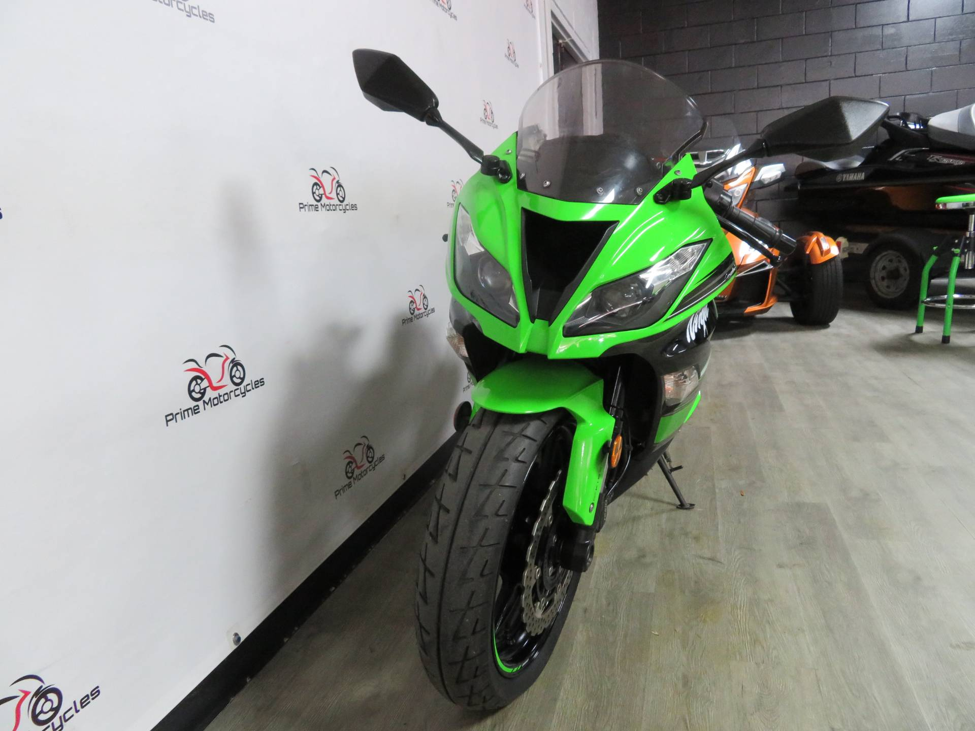 2017 Kawasaki Ninja ZX-6R ABS KRT EDITION in Sanford, Florida - Photo 3