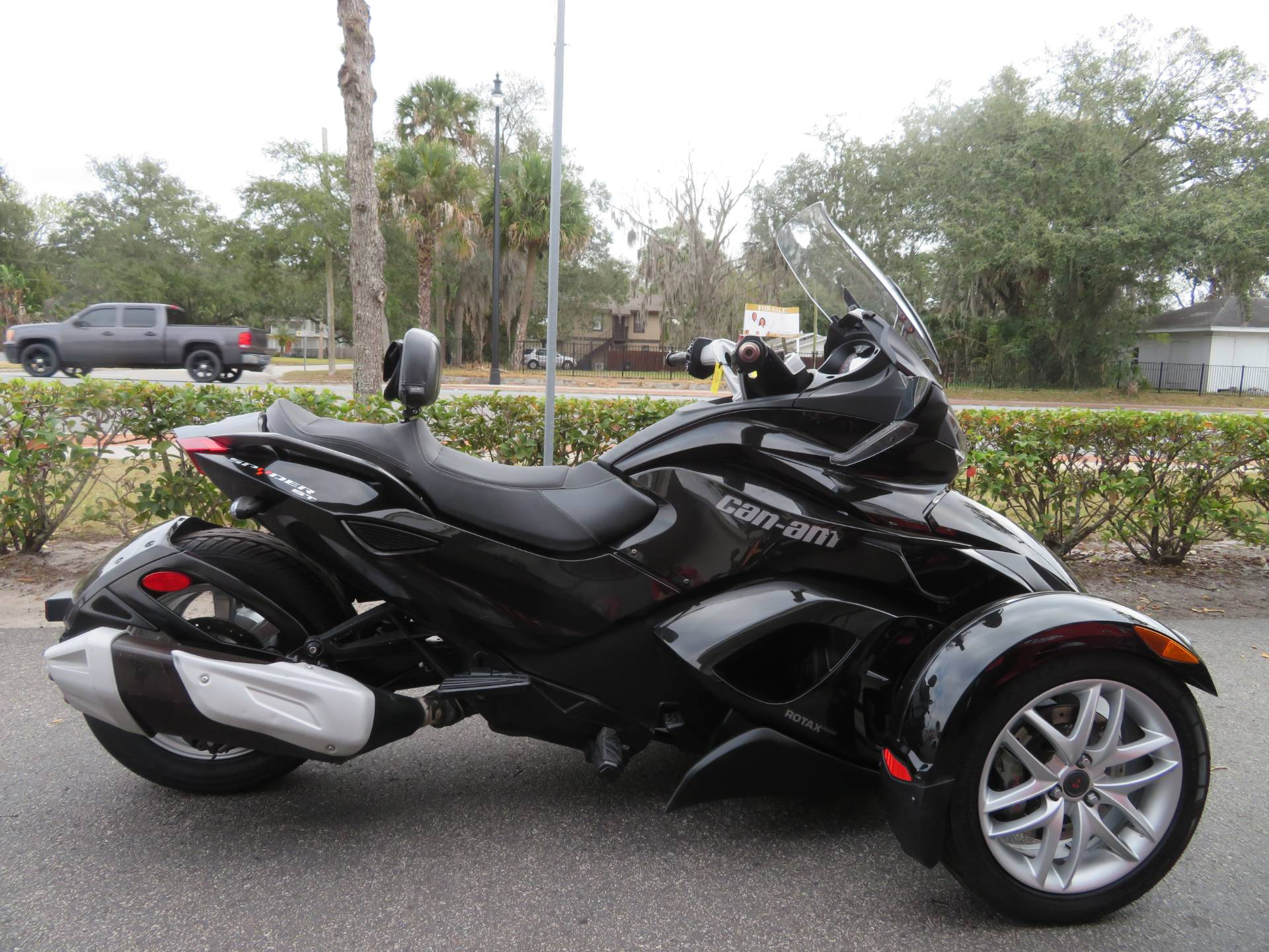 2015 Can-Am Spyder® ST-S SM5 in Sanford, Florida - Photo 1