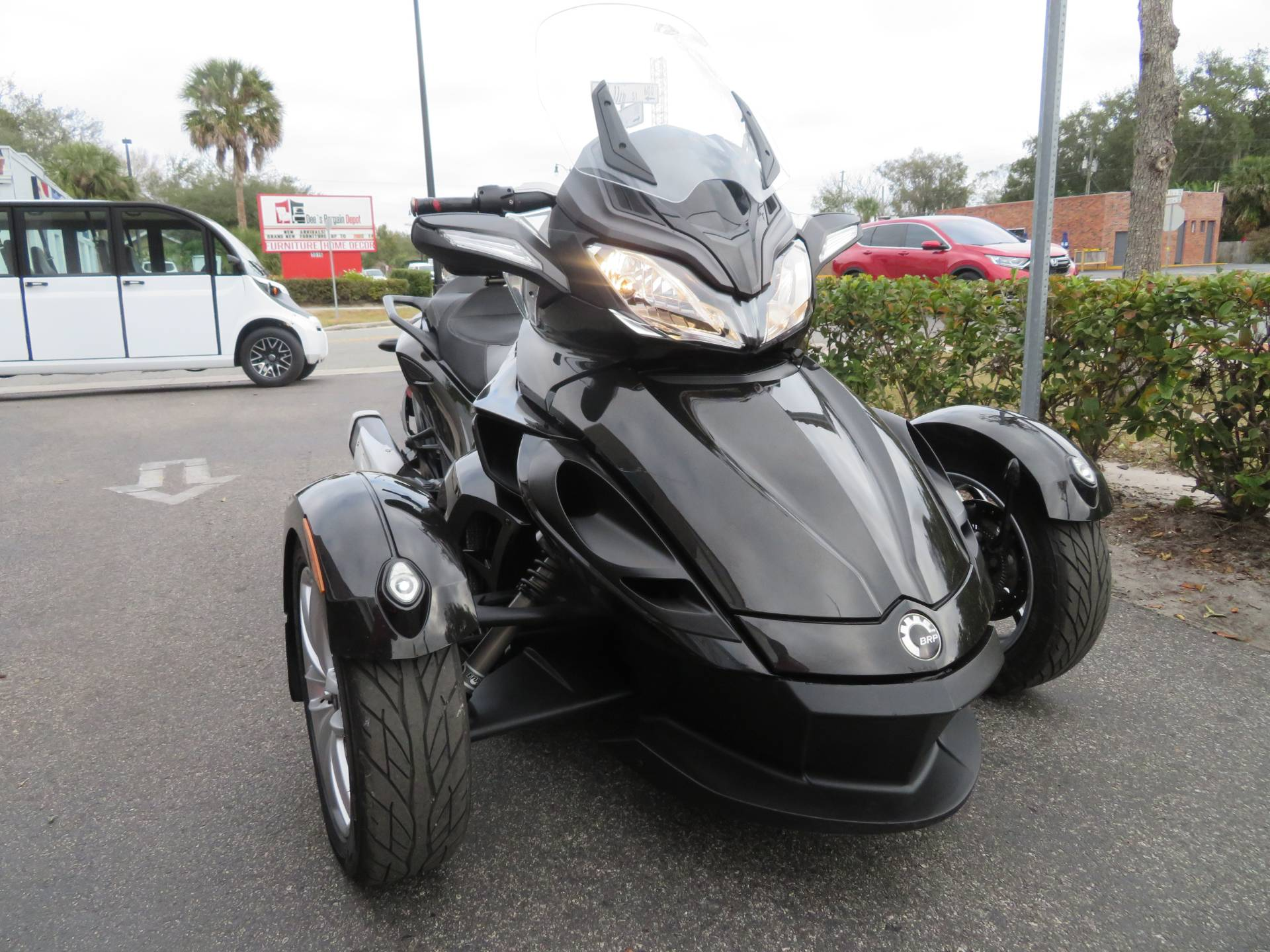 2015 Can-Am Spyder® ST-S SM5 in Sanford, Florida - Photo 3