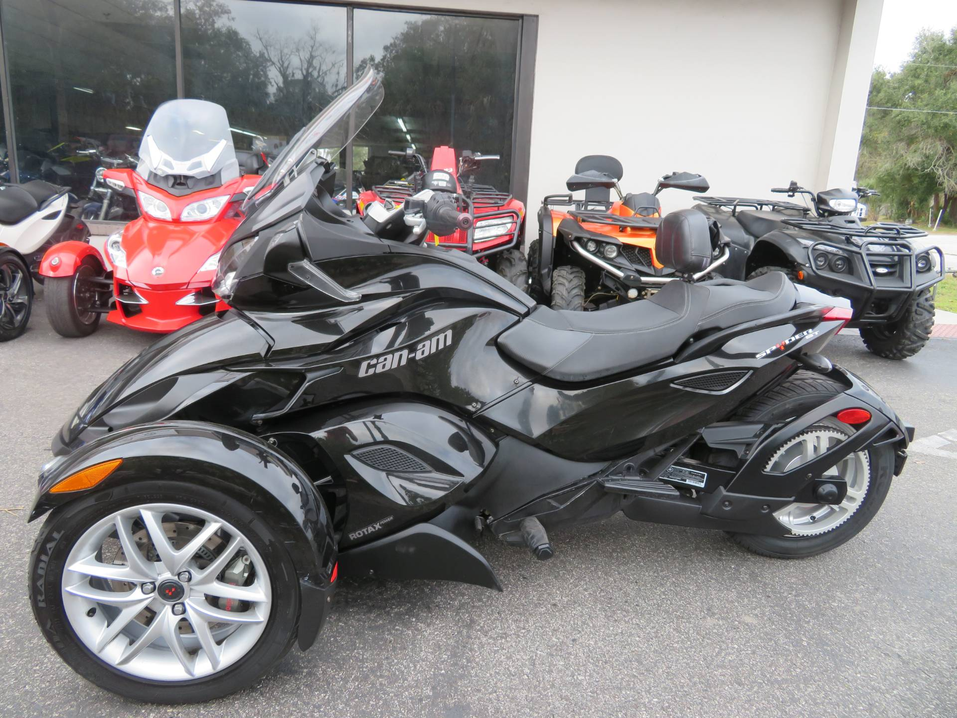 2015 Can-Am Spyder® ST-S SM5 in Sanford, Florida - Photo 7