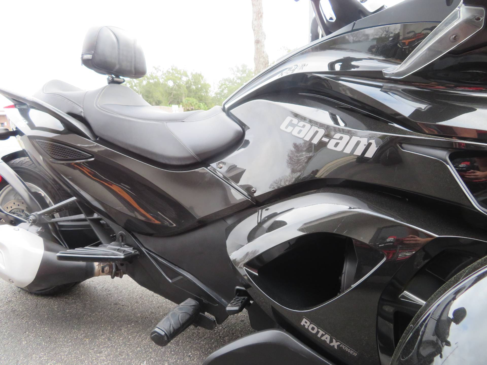 2015 Can-Am Spyder® ST-S SM5 in Sanford, Florida - Photo 13