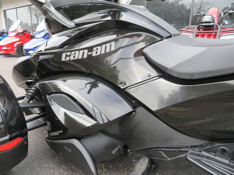 2015 Can-Am Spyder® ST-S SM5 in Sanford, Florida - Photo 19