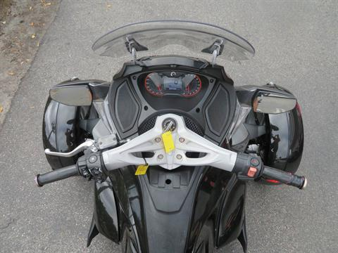 2015 Can-Am Spyder® ST-S SM5 in Sanford, Florida - Photo 23