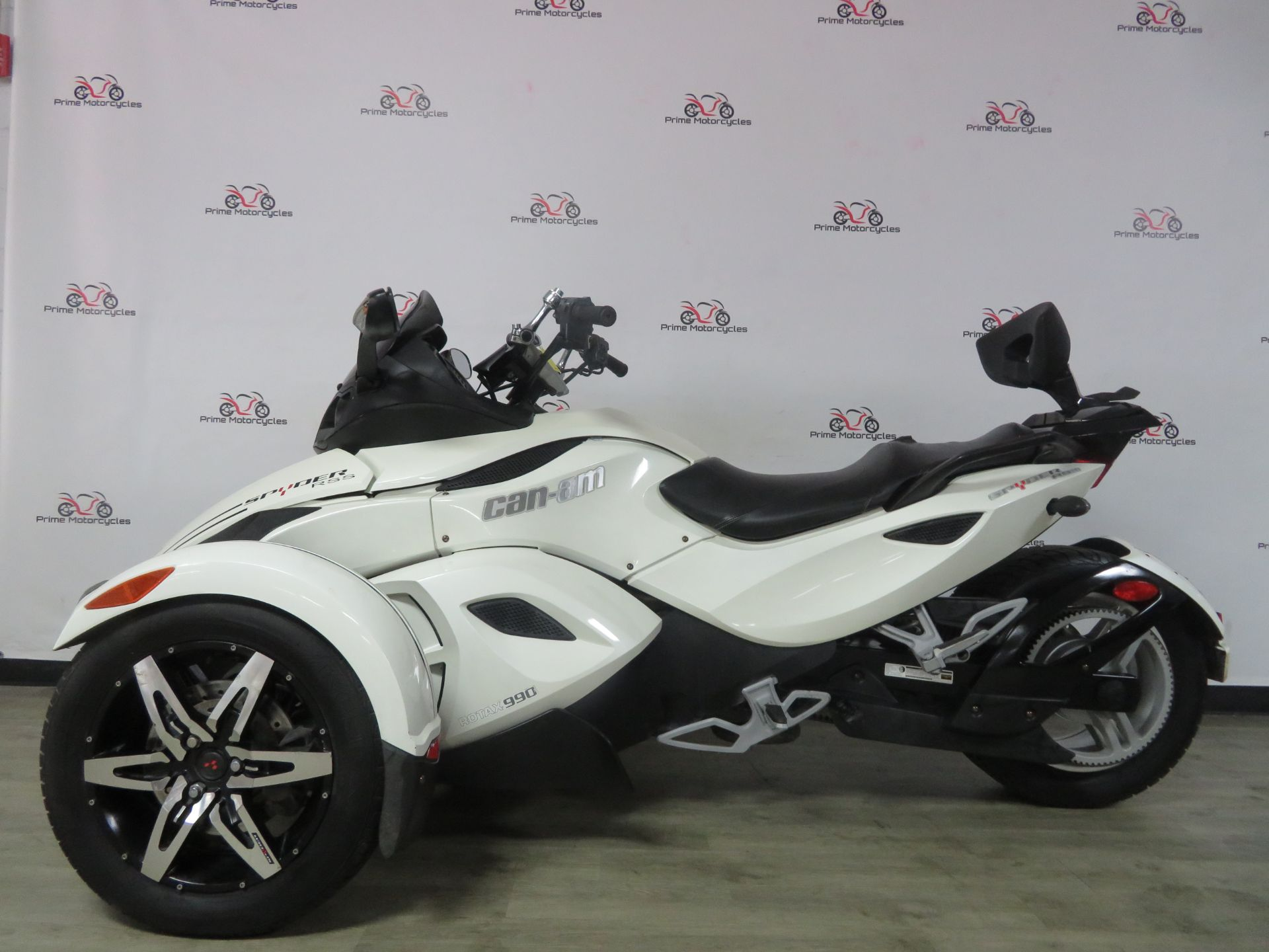 2010 Can-Am Spyder® RS-S SE5 in Sanford, Florida - Photo 1