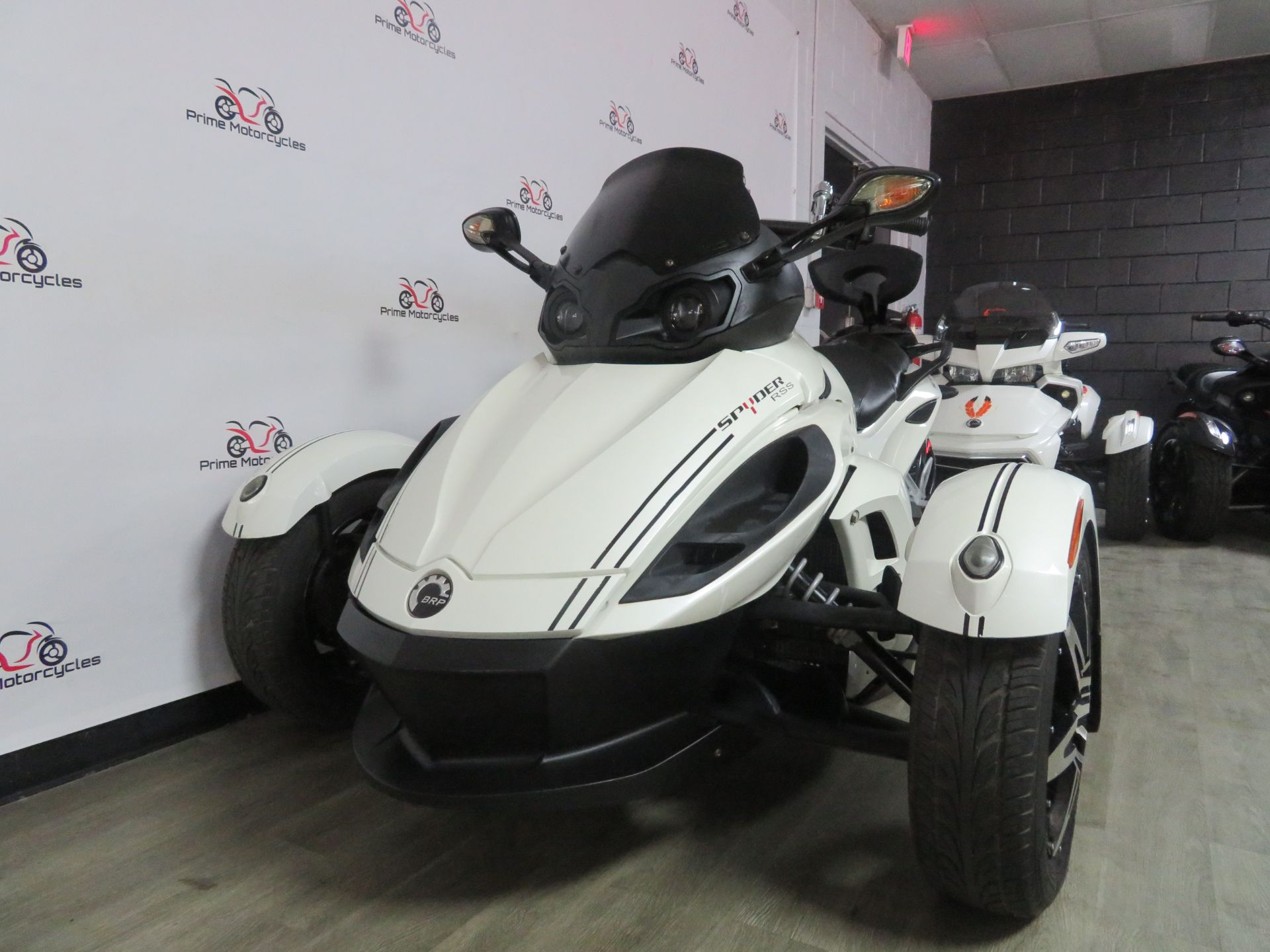 2010 Can-Am Spyder® RS-S SE5 in Sanford, Florida - Photo 3