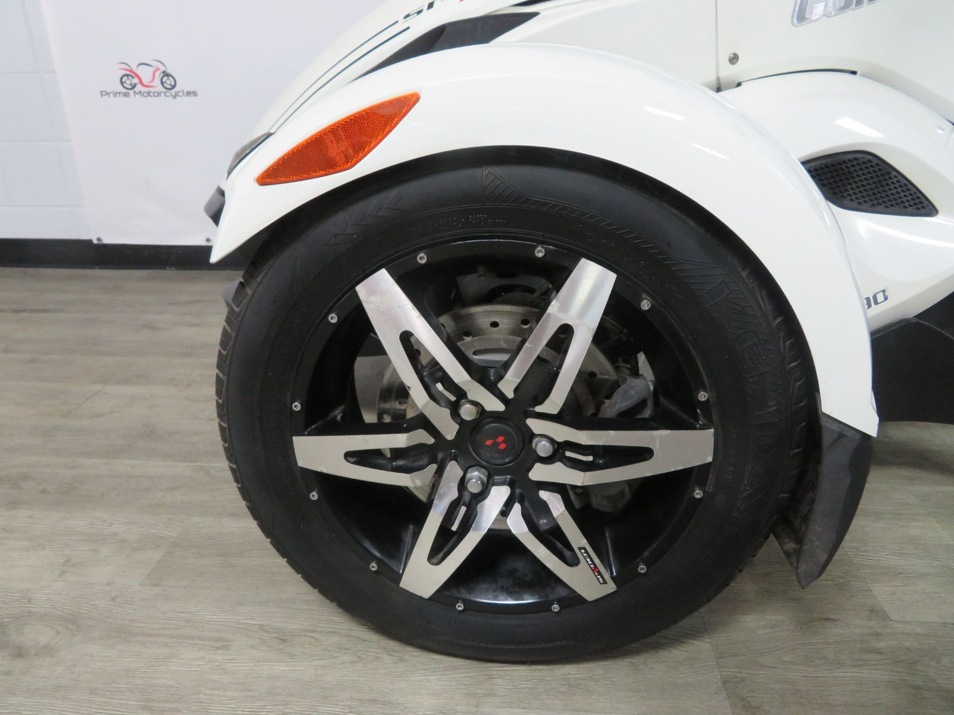 2010 Can-Am Spyder® RS-S SE5 in Sanford, Florida - Photo 14
