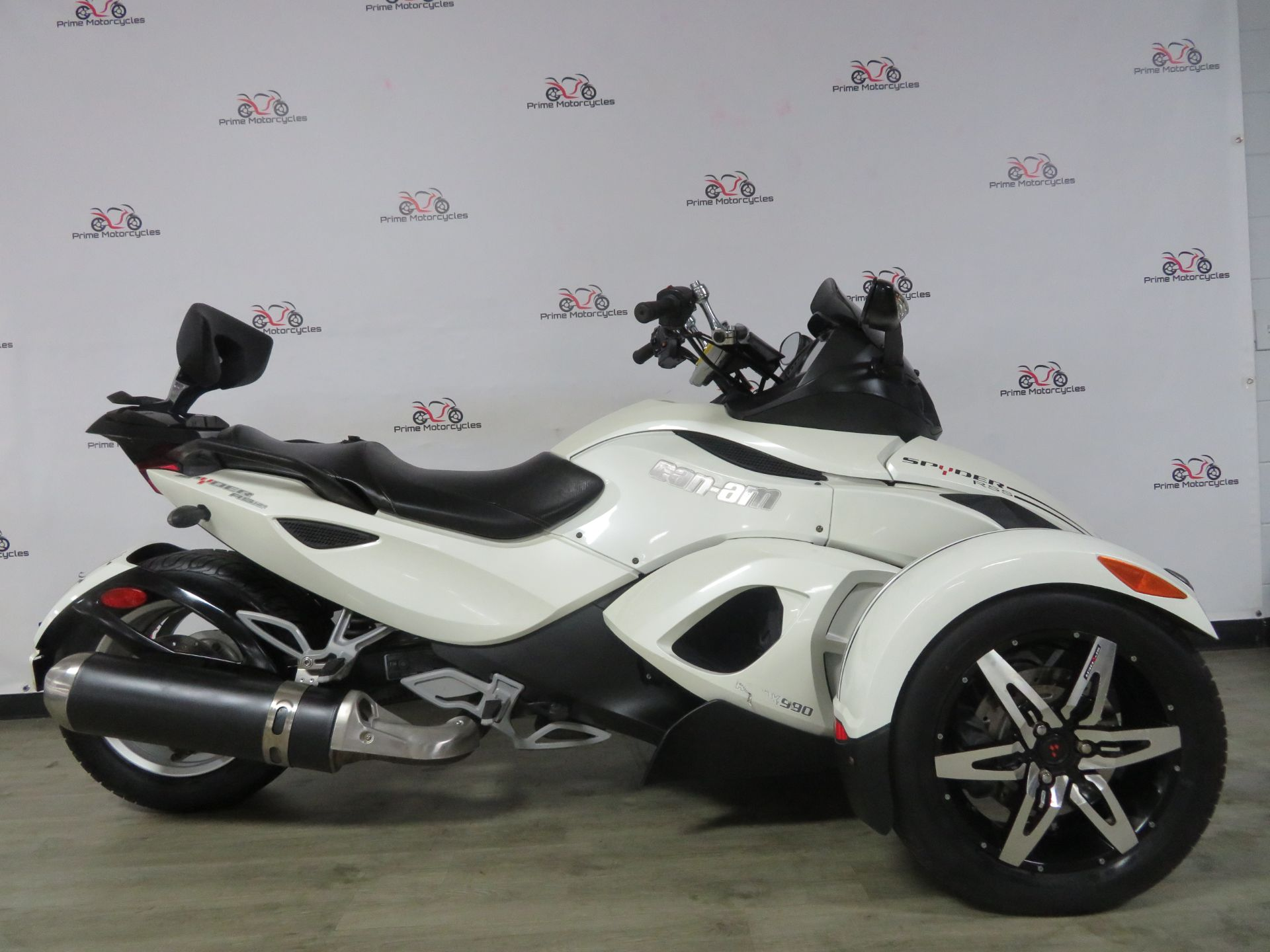 2010 Can-Am Spyder® RS-S SE5 in Sanford, Florida - Photo 7
