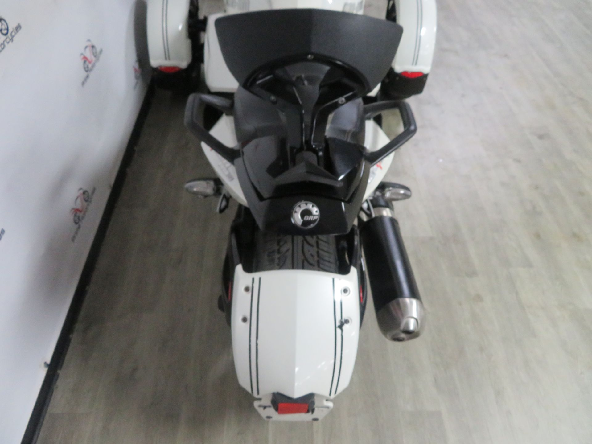 2010 Can-Am Spyder® RS-S SE5 in Sanford, Florida - Photo 23
