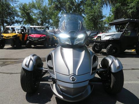 2013 Can-Am Spyder® ST-S SE5 in Sanford, Florida - Photo 4