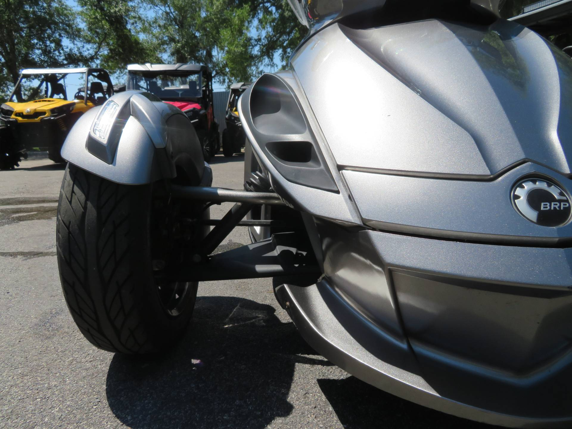 2013 Can-Am Spyder® ST-S SE5 in Sanford, Florida - Photo 15