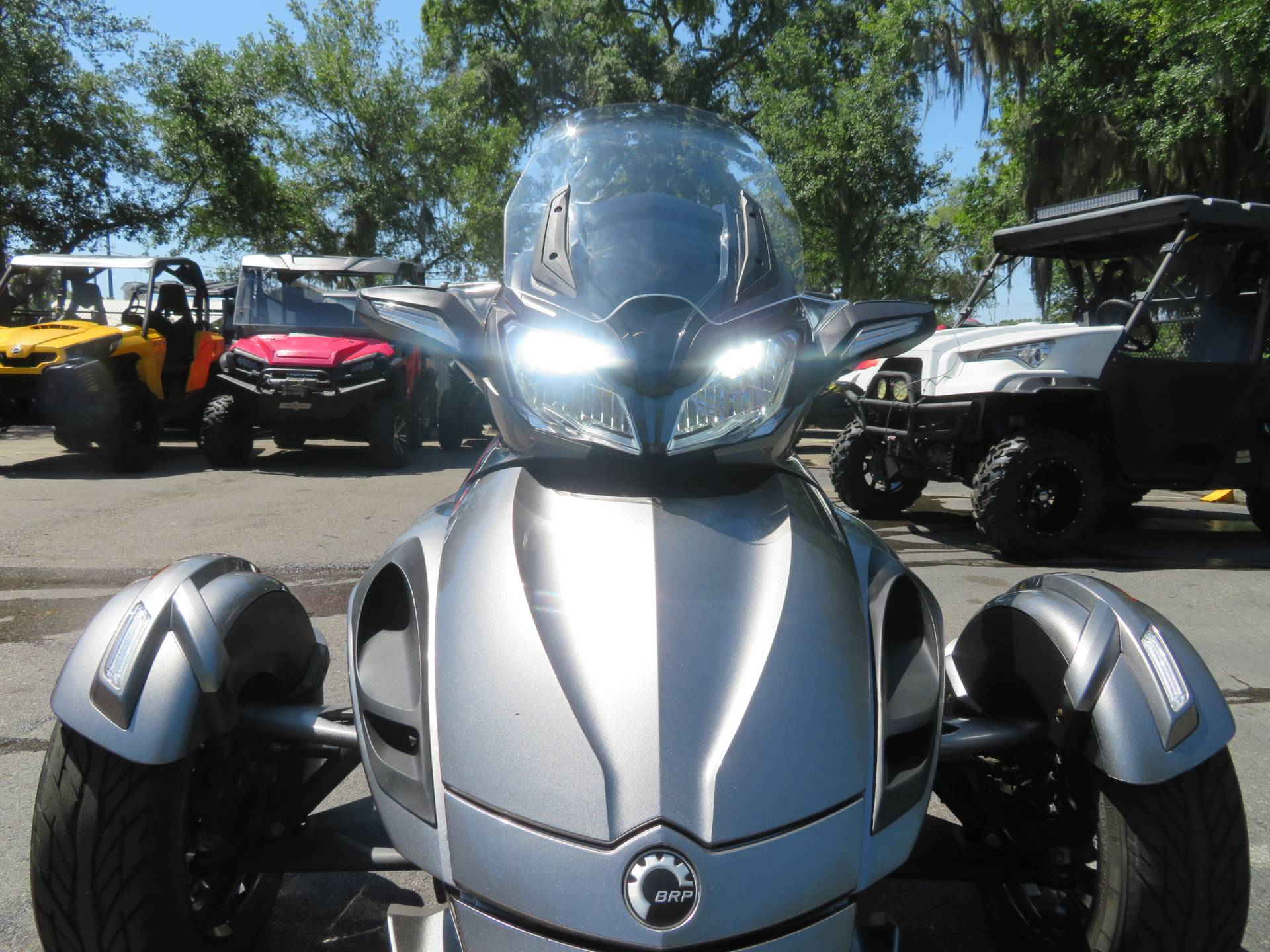 2013 Can-Am Spyder® ST-S SE5 in Sanford, Florida - Photo 17