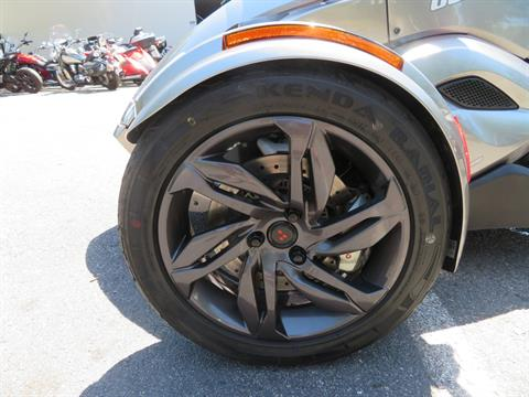 2013 Can-Am Spyder® ST-S SE5 in Sanford, Florida - Photo 18