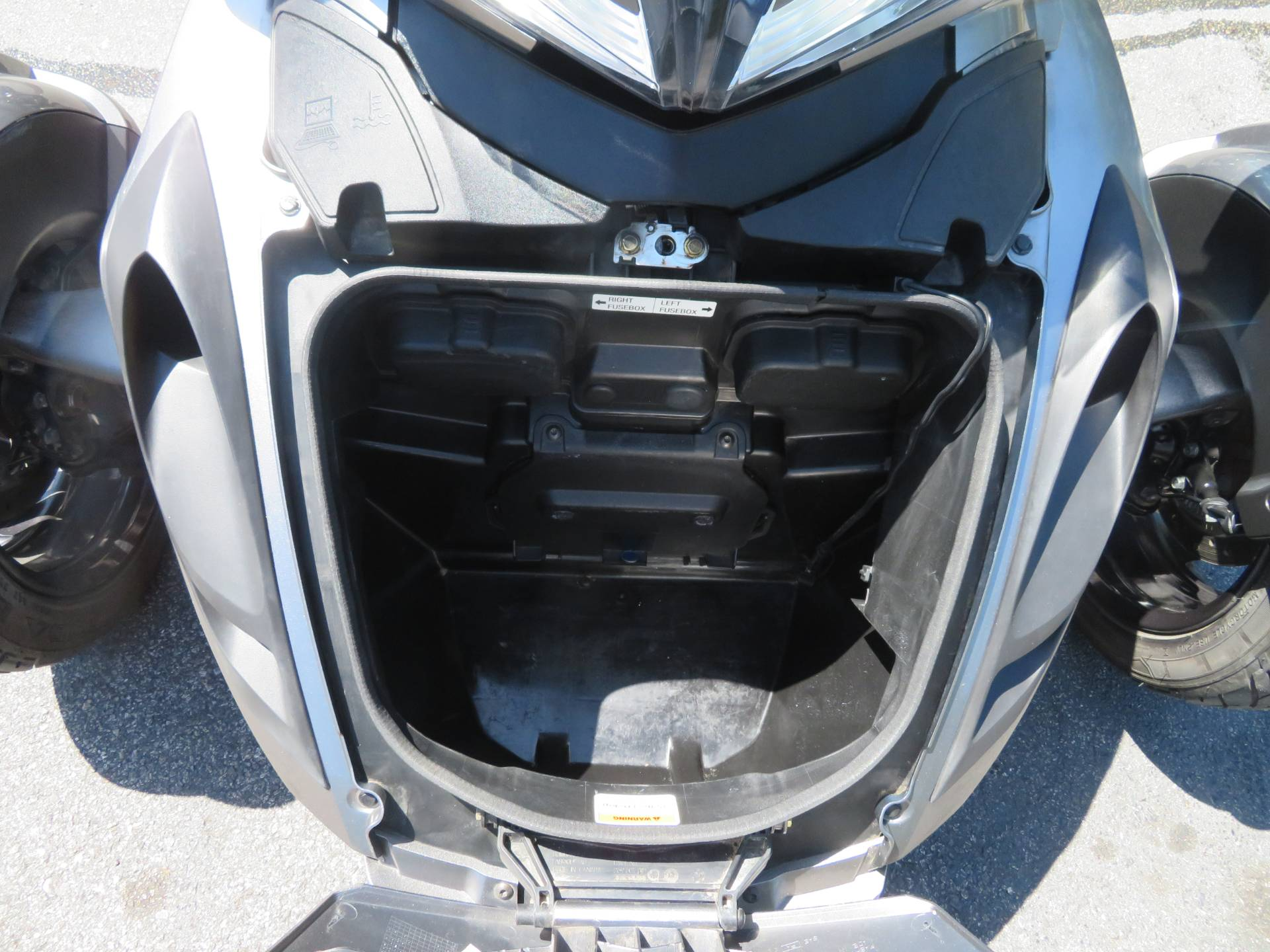 2013 Can-Am Spyder® ST-S SE5 in Sanford, Florida - Photo 30