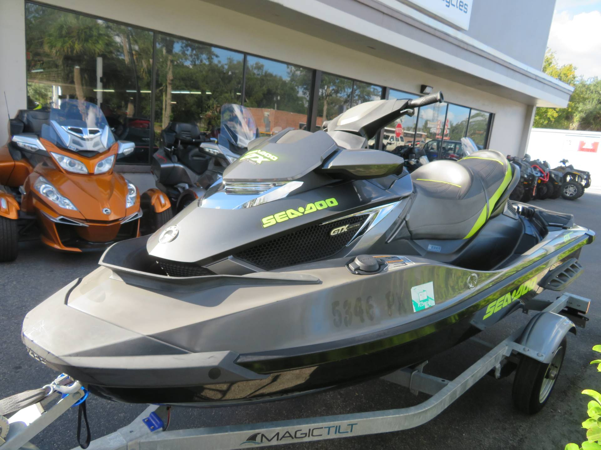 2015 Sea-Doo GTX Limited iS™ 260 in Sanford, Florida - Photo 6