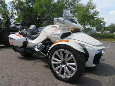 2016 Can-Am Spyder F3 Limited in Sanford, Florida - Photo 2