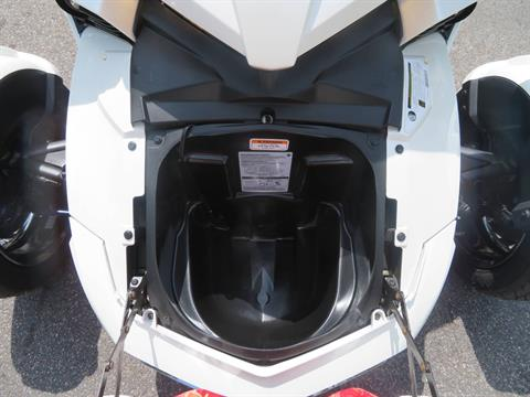 2016 Can-Am Spyder F3 Limited in Sanford, Florida - Photo 31