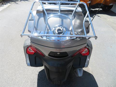 2012 Can-Am Spyder® RT-S SE5 in Sanford, Florida - Photo 22