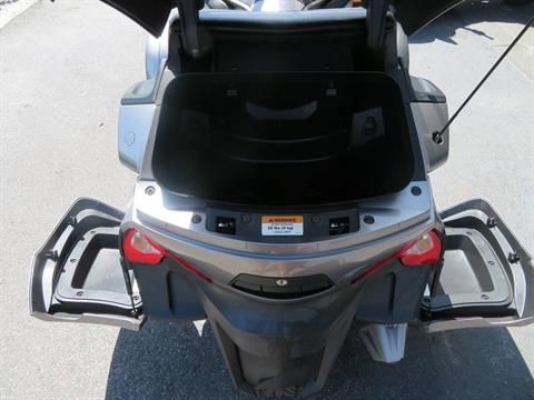 2012 Can-Am Spyder® RT-S SE5 in Sanford, Florida - Photo 23