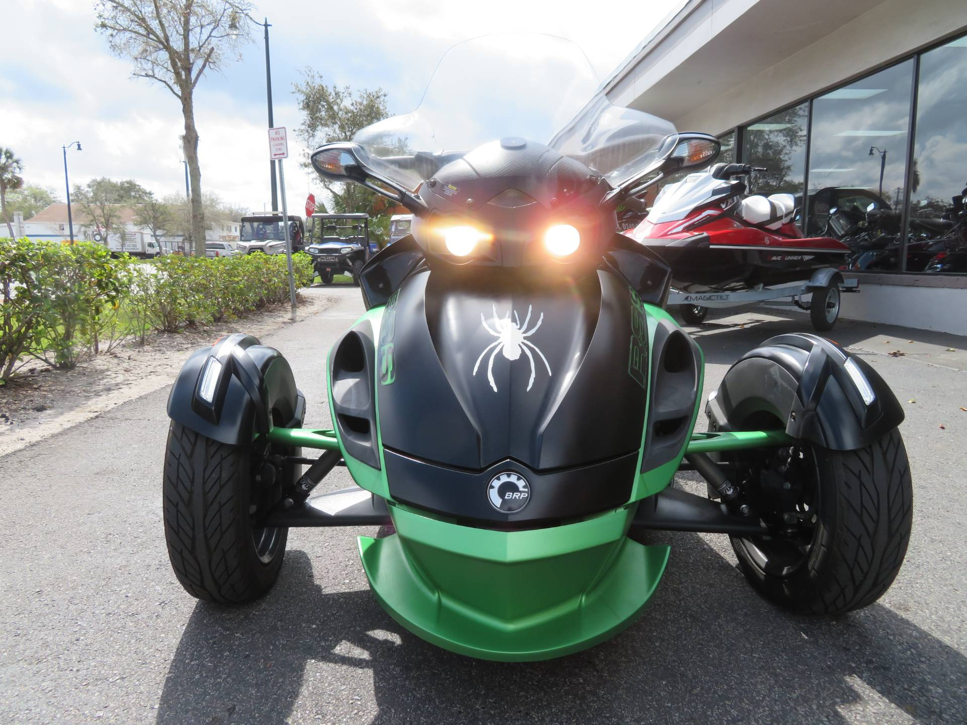 2013 Can-Am Spyder® RS-S SE5 in Sanford, Florida - Photo 4
