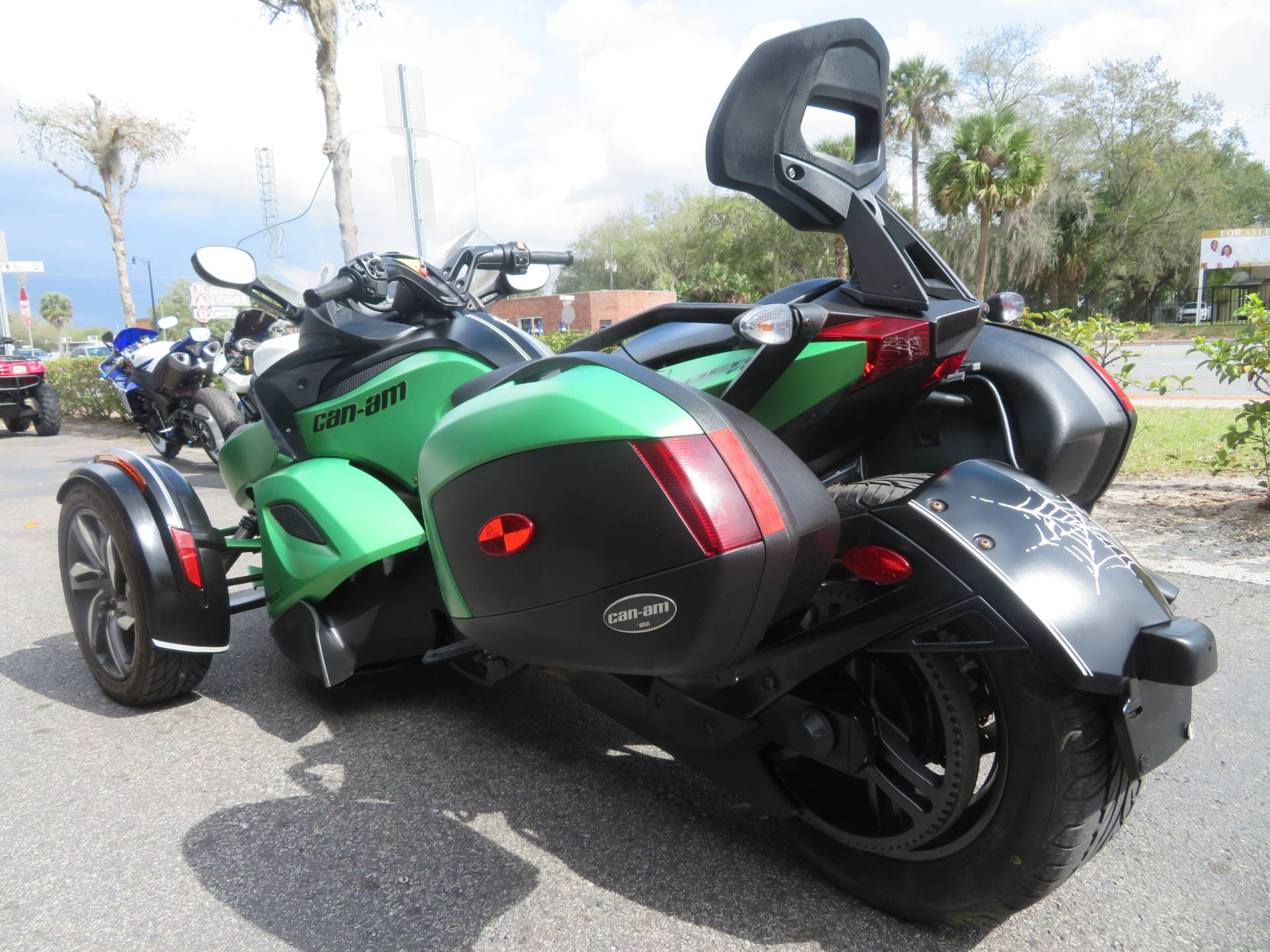 2013 Can-Am Spyder® RS-S SE5 in Sanford, Florida - Photo 10