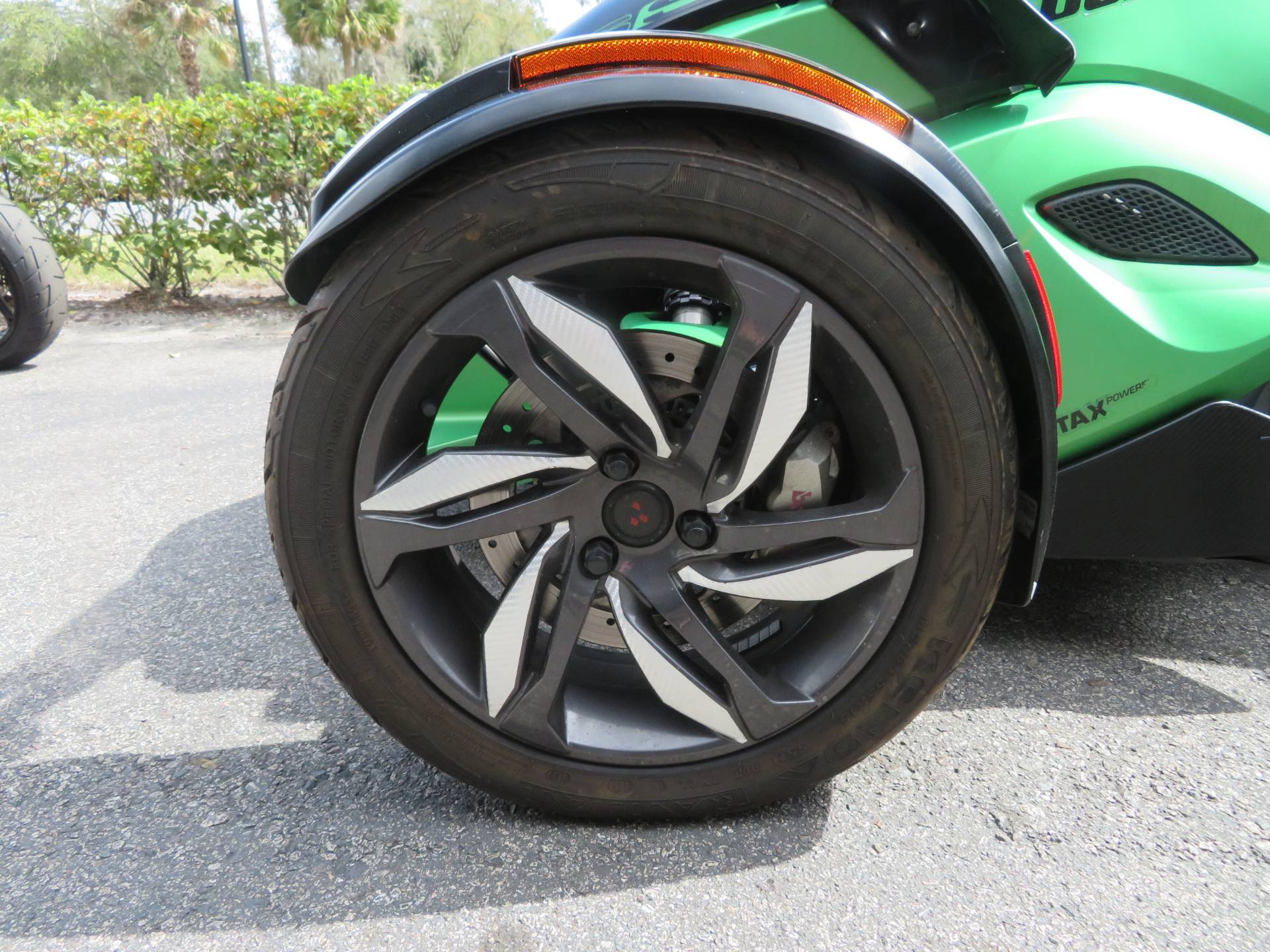 2013 Can-Am Spyder® RS-S SE5 in Sanford, Florida - Photo 14