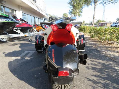 2014 Can-Am Spyder® RS-S SM5 in Sanford, Florida - Photo 9