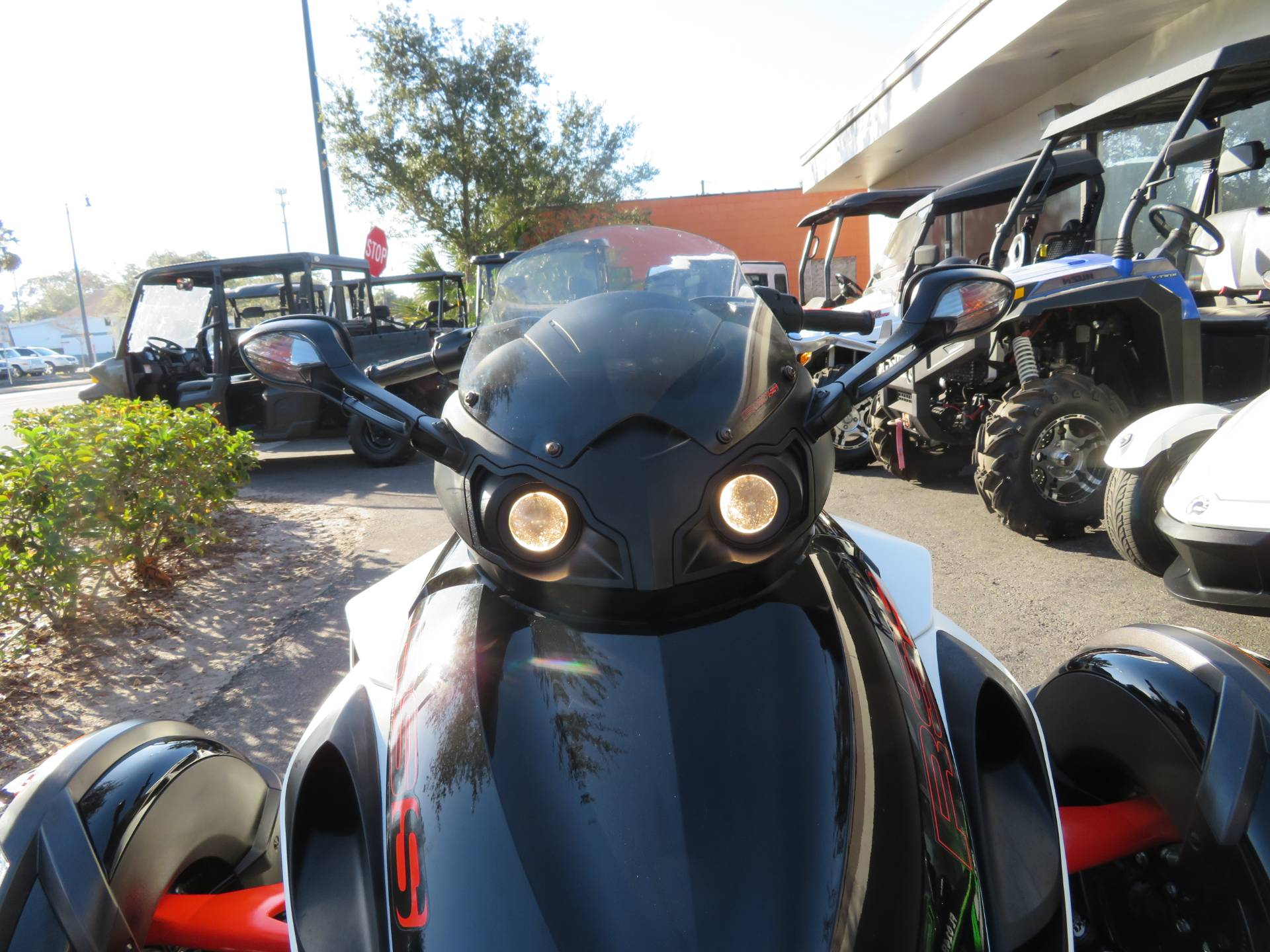 2014 Can-Am Spyder® RS-S SM5 in Sanford, Florida - Photo 17